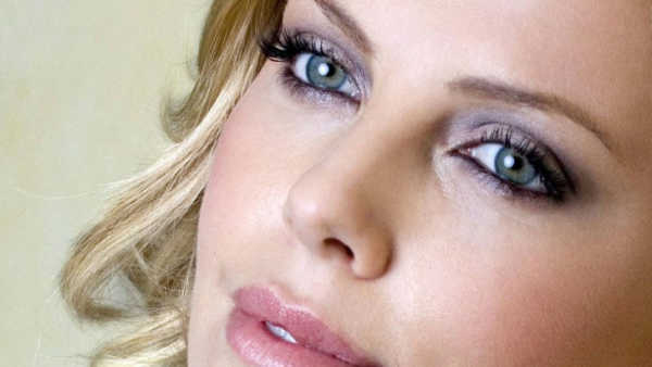 Charlize Theron Celebrities with most beautiful eyes