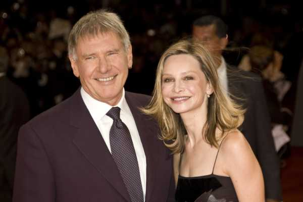 Calista Flockhart, wife of Harrison Ford Famous Women Who Married Much Older Men-min