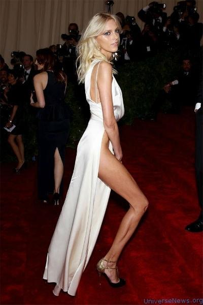 Anja Rubik Celebrities who don't wear underwear