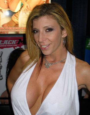 Sara Jay top 10 Most Famous Porn Stars.jpg