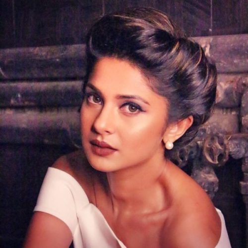 Jennifer Winget Hottest actresses in Indian Television
