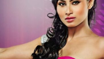 Mouni Roy Hottest actresses in Indian Television