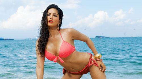 sunny leone bollywood actresses in bikini