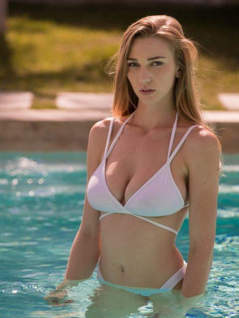 Kendra Sunderland Bikini bodies of porn stars ever
