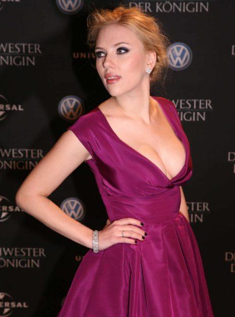 Scarlett Johansson Hot Pic no 16