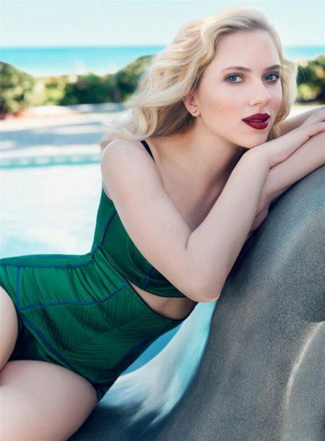 Scarlett Johansson Hot Pic no 23