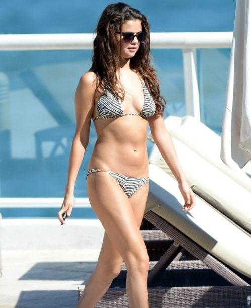 Selena Gomez hot pic no 1