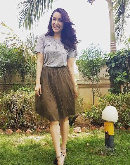 Shraddha Kapoor hot pic 1 (25)