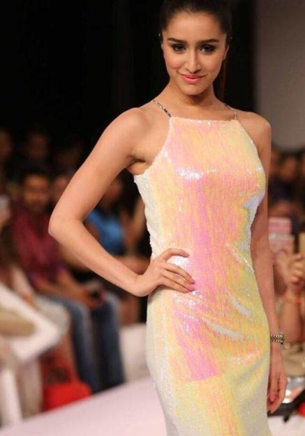 Shraddha Kapoor hot pic 1 (45)