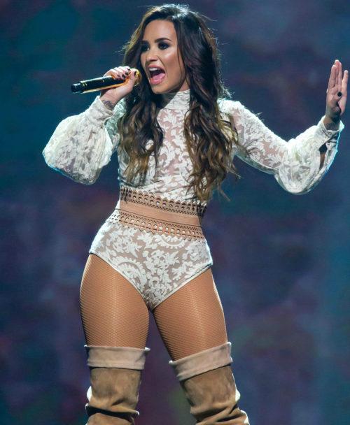 Demi Lovato (20)