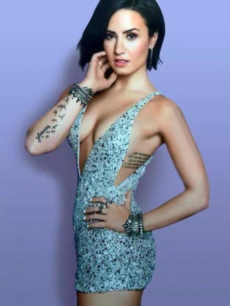 Demi Lovato (33)