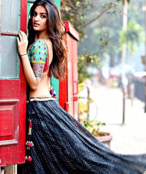 Nidhi Agerwal Hot pic no (25)