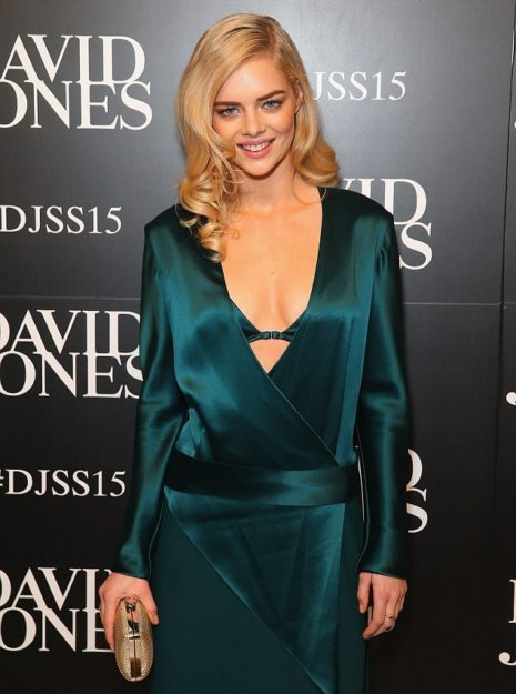 Samara Weaving Sexy and half Picture (4)