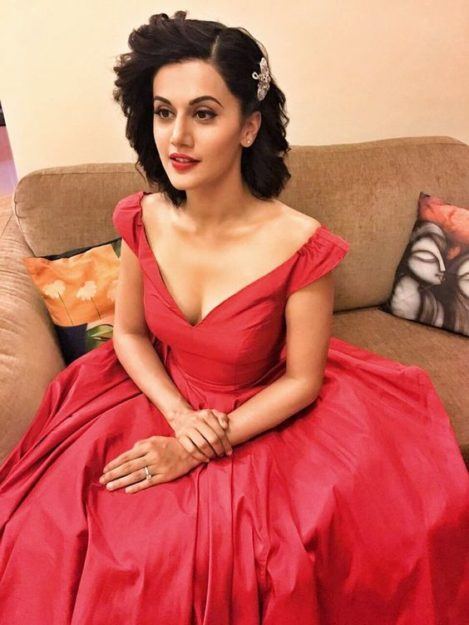 Taapsee Pannu Hot Pic No (27)