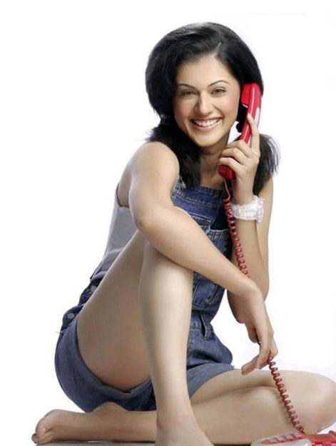 Taapsee Pannu Hot Pic No (33)