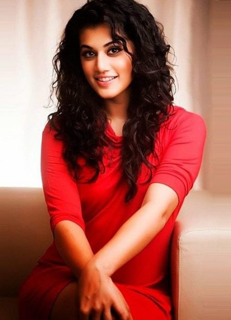 Taapsee Pannu Hot Pic No (48)