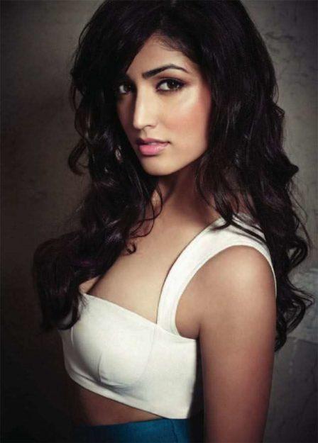 Yami Gautam Beautiful Pic (32)