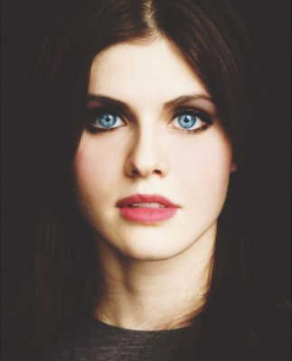 Alexandra Daddario Celebrities with most beautiful eyes