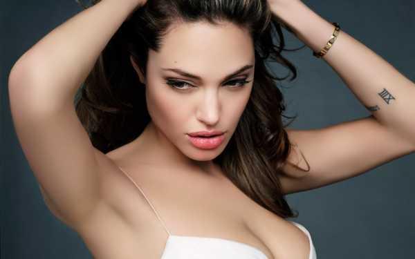 Angelina Jolie Hottest Women of 21st Century