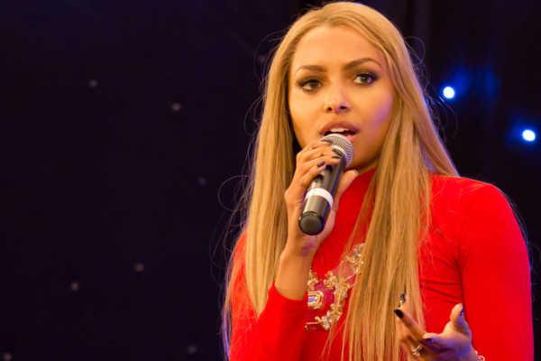 Kat Graham black female singers