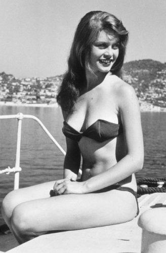 Brigitte Bardot in bikini