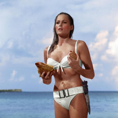 Ursula Andress in bikini