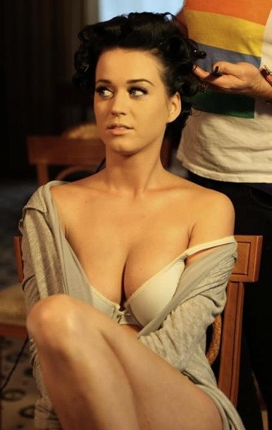 Katy Perry Hot Pic No 1 (19)