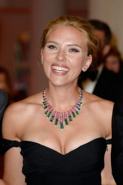 Scarlett Johansson Hot Pic no 22