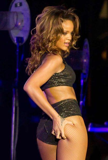 The 37 Sexy Rihanna Attire Photos, Hot Ones-7451