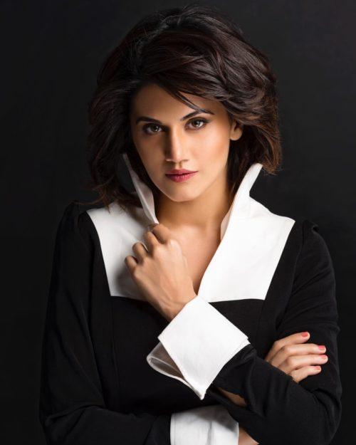 Taapsee Pannu Hot Pic No (11)
