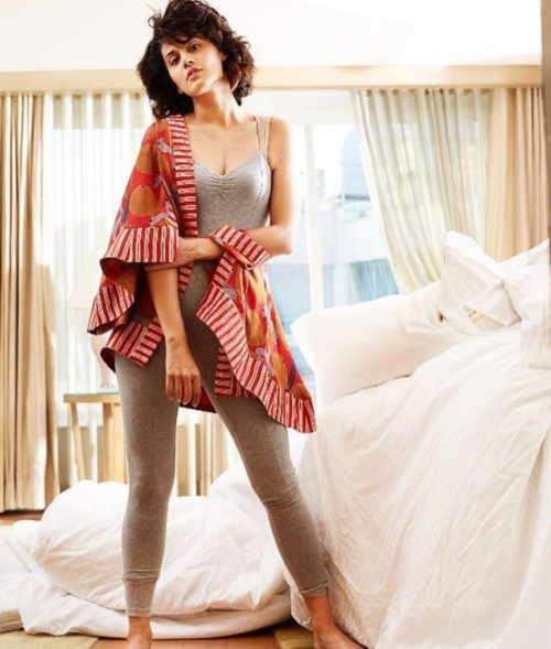 Taapsee Pannu Hot Pic No (13)