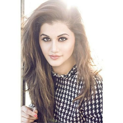 Taapsee Pannu Hot Pic No (44)
