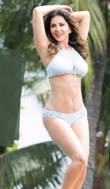 47 Sexiest Half Nude Sunny Leone Photos Of All Time  Don -5703