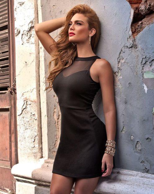 half nude Zuleyka Rivera photos (10)