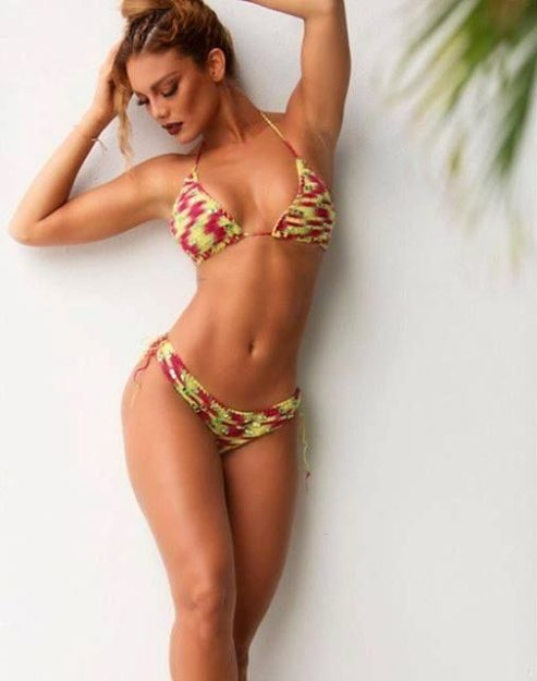 half nude Zuleyka Rivera photos (14)