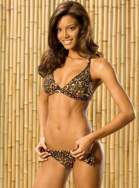 half nude Zuleyka Rivera photos (15)