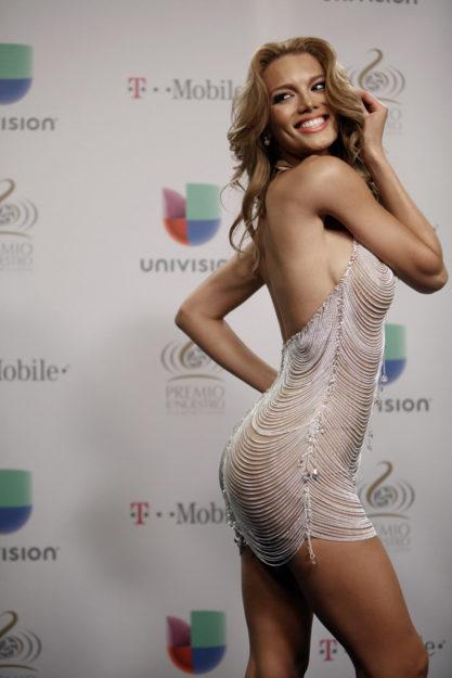 half nude Zuleyka Rivera photos (18)