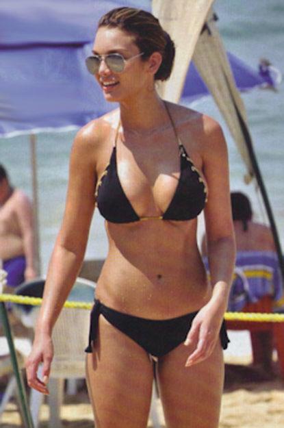 half nude Zuleyka Rivera photos (29)