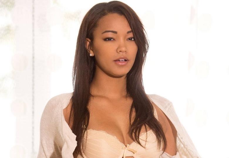 Hottest Women The World