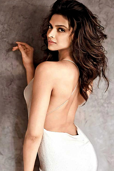 The 49 Absurdly Deepika Padukone Sexy Photos-4422