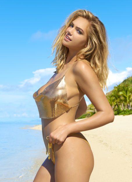 Kate Upton Bikini and swimsuits pics (13)