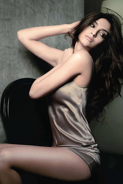 Sonam kapur hot sexy and nude photos, puffy nipple shemale gallery