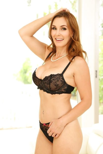 Tanya Tate the Top 10 Hottest MILF of All Time