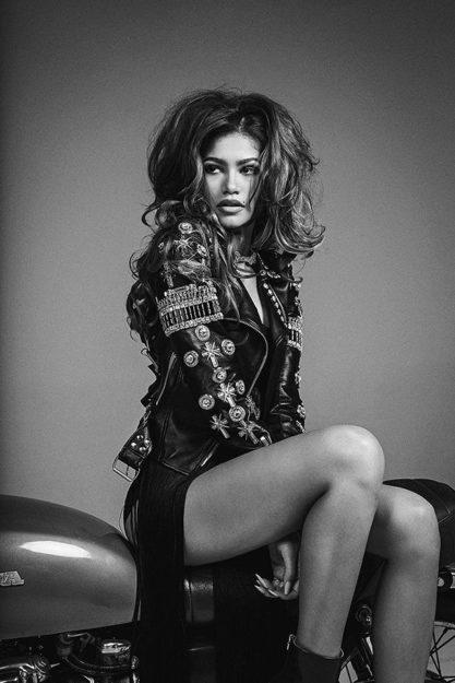 Zendaya absurdly hot photos (1)