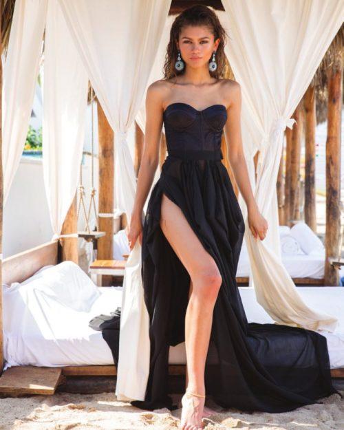 Zendaya absurdly hot photos (23)