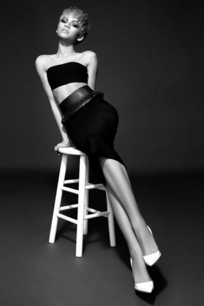 Zendaya absurdly hot photos (24)