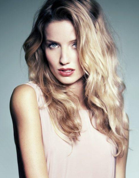 Annabelle Wallis Hot pics 12