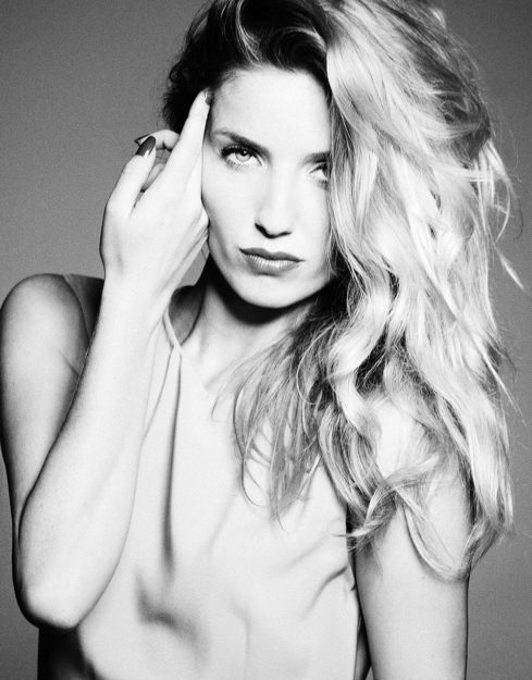 Annabelle Wallis Hot pics 21