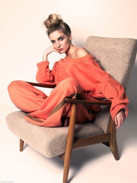 Annabelle Wallis Hot pics 25
