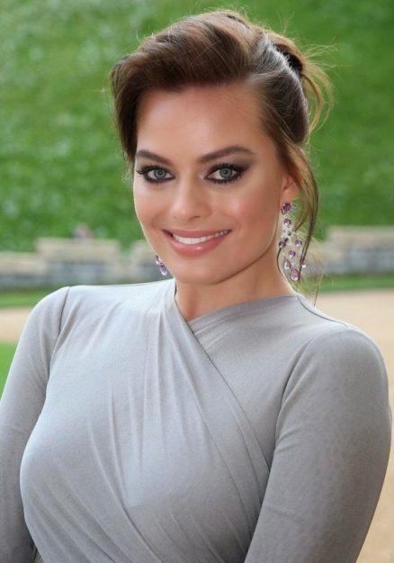 Margot Robbie hot pic -5